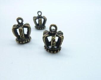 30pcs 12x15mm Antique Bronze 3D Crown Charm Pendant c8029