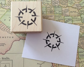 compass rose wood mounted rubber stamp by Mary C. Nasser for RubberMoon MN16E