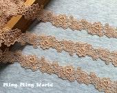 Venice Lace Trim - 2.5 yards Wheat Flower Lace Trim (L538)