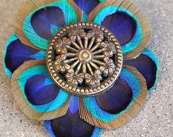 Feather Clip, Peacock Feathers, Vintage Upcycled Accessories