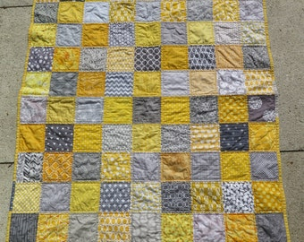 Unisex baby quilt in grey and yellow, gray and yellow, baby shower present, baby birthday present READY TO SHIP