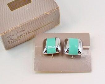 SALE 30 PERCENT Off Vintage 1986 Avon City Sleek Silver Tone Seaessence Sea Foam Blue Green Enamel Square Clip On Earrings Original Box NIB