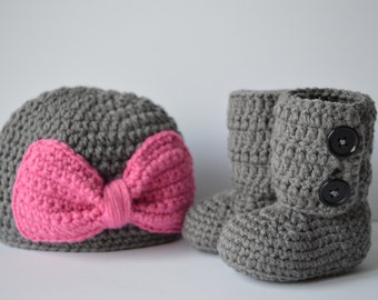 Crochet Beanie hat with a bow  and  baby booties- proto prop-