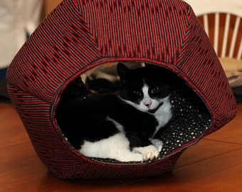 Discount Second Quality Cat Ball Pet Bed Geometric Cat Furniture in Red and Black Stripes