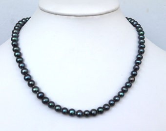 6-7mm Black Peacock Freshwater Pearl Necklace