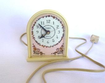 Vintage PINK TIMEX Electric CLOCK