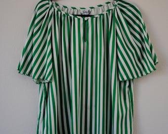 a vintage 60s 70s green & white striped top blouse. sz large/x-large