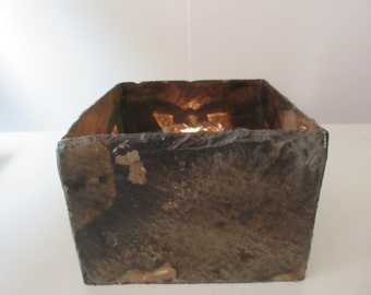 Weather beaten slate open top box use as aring box, candle or plant holder. # LO-12