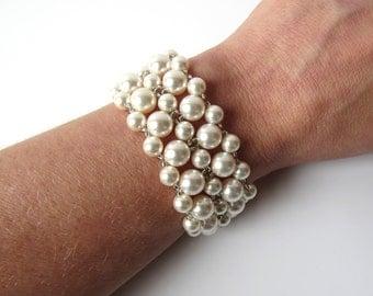 Pearl Cuff Bracelet, WHITE or IVORY Pearl Bridal Bracelet Cuff, Wedding Jewelry, Mother of the Bride, Beaded Jewelry Bracelet, Swarovski