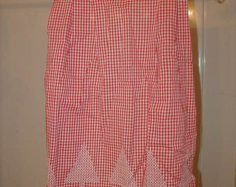 Vintage Apron, Red Gingham and Trees