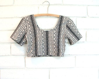 80's TRIBAL CROP TOP vintage stretchy workout wear black white abstract S