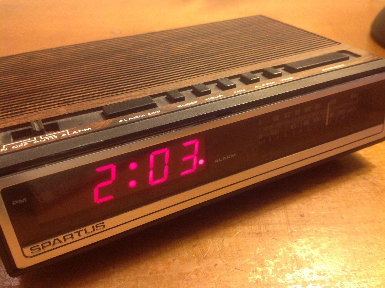 digital radio alarm clock vintage vintage 39 compu chron 39 digital alarm clock my fianc had. Black Bedroom Furniture Sets. Home Design Ideas