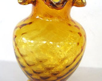 Fenton Vase Diamond Optic Crimped Top Amber