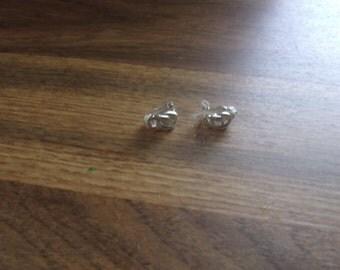 vintage clip on earrings silvertone knot