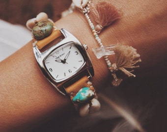 STW-01, handmade eco-friendly cowrie shell and turquoise leather watch
