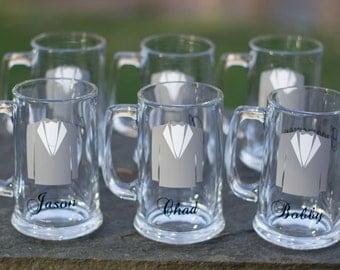 Tuxedo beer mug, Groom and Groomsman personalized wedding tux beer glasses. Personalized beer mug with tux and name. Best man gift. 1 mug.