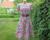 Cotton Dress  Vintage / Size EUR42 / 44 / UK14 / 16 / One Pocket / Buttoned until Frill