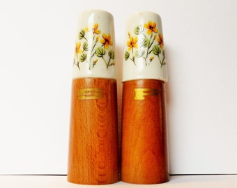 Vintage salt and pepper shakers, Cream porcelain and wood with hand painted yellow flowers, Circa 1960's, Made in Japan, Retro collectors