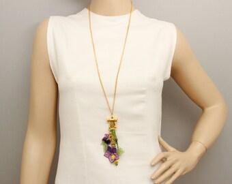 Flowered pendant necklace needle lace necklace oya necklace