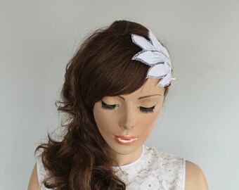 Wedding Hair Fascinator Lace Leaves Rhinestone Bow Bridal Hat Head Piece, White Veil Alternative Wedding Hair Fascinator, Unusual Design