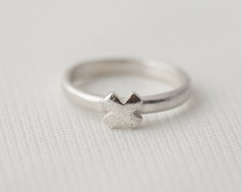 A Little Kiss Ring