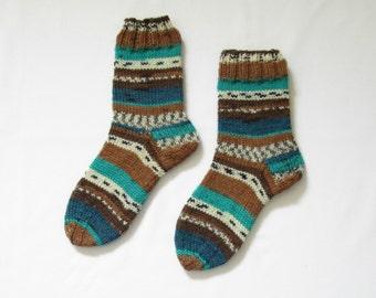 Thick Handknitted Socks medium sized fair isle (Women Size US 6.5-8, UK 4-5.5, Europe 37-38)