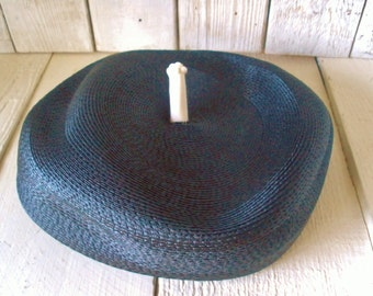 Vintage womens hat 1950s woven navy straw cream details