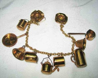 WW11 One Cent Copper Pennies Sweetheart Charm Bracelet 11 Charms