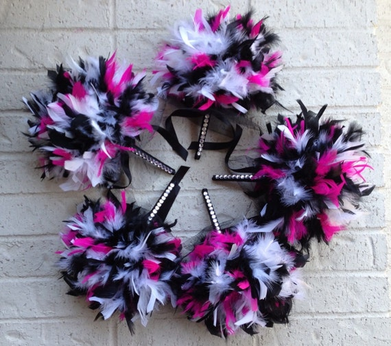 CUSTOM COLORS Package: 5 Feather Wedding Bouquets (Five Bridesmaids, Maid of Honor, Toss Bouquet) - Ivory, White & Black Feathers