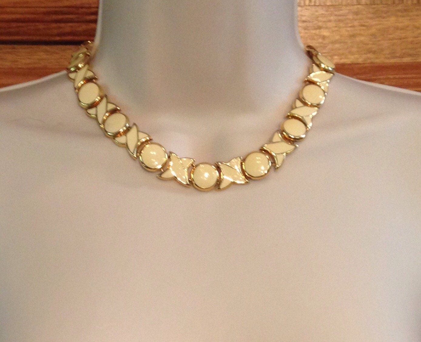 gold and ivory xo choker necklace 16 and 5 8 inches