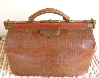 Gorgeous French Doctor Bag French Antique  LEATHER Travel Bag early 20th century - computer bag - satchel bag  - messenger bag