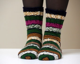 Size US woman's 7 (or EU 37.5), Warm hand knit wool socks, beautiful striped and colorful