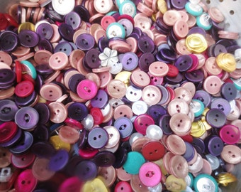 HUGE Buttons Lot Assortment 8 LBs Vintage & Newer Bulk Selection Variety DIY Sewing Supplies