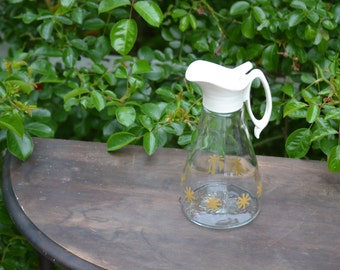 Vintage Log Cabin Syrup Pitcher Retro Style