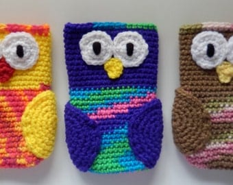 Made to order, Hand Crocheted Owl iPhone Cell Phone Cover Bag You Choose Colors