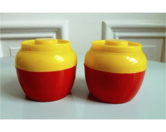 Vintage 60s Mod Salt and Pepper Shakers, Red & Yellow