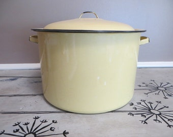 Enamelware Pot Covered Pot Stock Pot Large Pot Yellow Pot Country Kitchen Yellow Enamel Cottage Chic Lobster Pot Stovetop Covered Pot