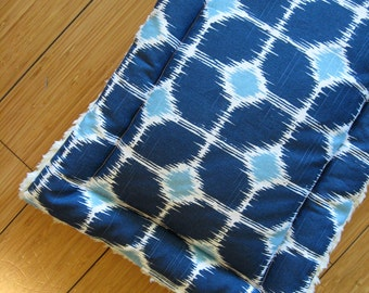 "Dog Crate Mat, Pad, Cushion, XS 13""x22"", Navy, Baby Blue, & White Geometric Ikat Print with Fleece Lining"