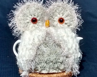 Owl Teapot Cozy -Hand crocheted in White and Cream yarn