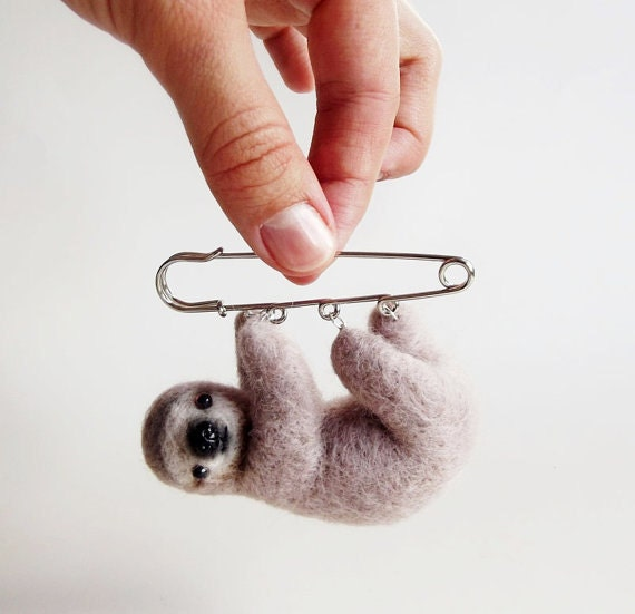 Curious Little Sloth, Hand Felted Animal Brooch,Animal, Pin,Sloth Brooch,Cute Jewelry /MADE TO ORDER