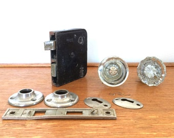 Antique Glass Door Knob with Door Hardware and Silver Colored Trim