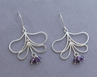 Dangle Silver Flower Earrings with Amethyst - Sterlig Silver Leaf Jewelry