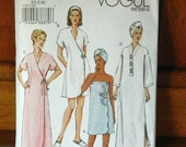 Vogue Pattern V7917 - Spa Robes and Accessories  - Uncut