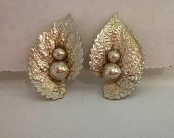 Vintage Beau Sterling Silver Earrings - Leaf Design - Screwback Earrings