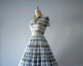 Vintage circle skirt dress . 1950s R&K original dress