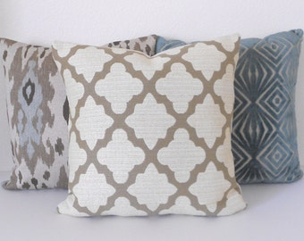 Clearance Tan and ivory morrocan quatrefoil decorative throw pillow