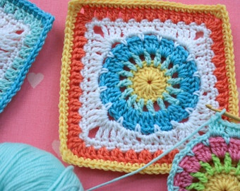 Crochet Pattern - Wheel Square - PDF