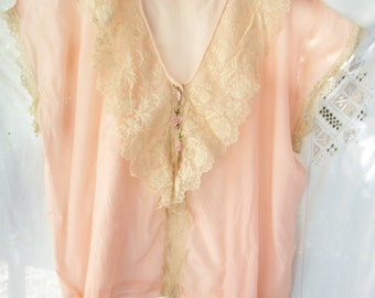 Dressing Jacket  ~ Lingerie ~ French Ribbonwork ~ Boudoir ~ Tambour Lace ~ Peach & Cream ~ Over sized Romantic Top ~ 1920's / 1930's