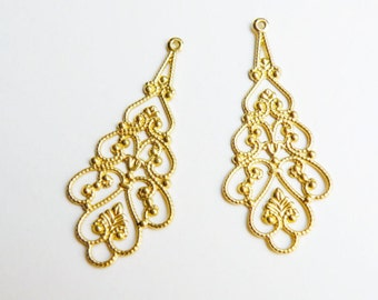 10 Filigree scalloped teardrop connector links shiny gold component 38x18mm A4738FN