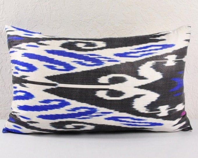 Sale! Ikat Pillow, Hand Woven Ikat Pillow Cover  lip111, Ikat throw pillows, Designer pillows, Decorative pillows, Accent pillows